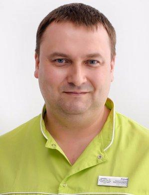 Раптунович Юрий Анатольевич - врач-челюстнолицевой хирург высшей квалификационной категории